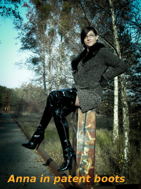 Anna in patent boots
