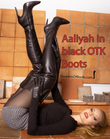 Aaliyah in Black otk Boots