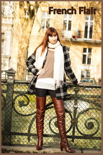 Yvi with brown boots