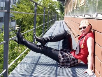 Viola Crotchhigh Boots