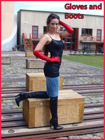 Cassandra in boots and red gloves
