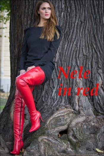 Nele in red