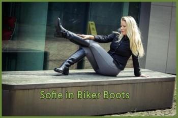 Sofie in biker boots